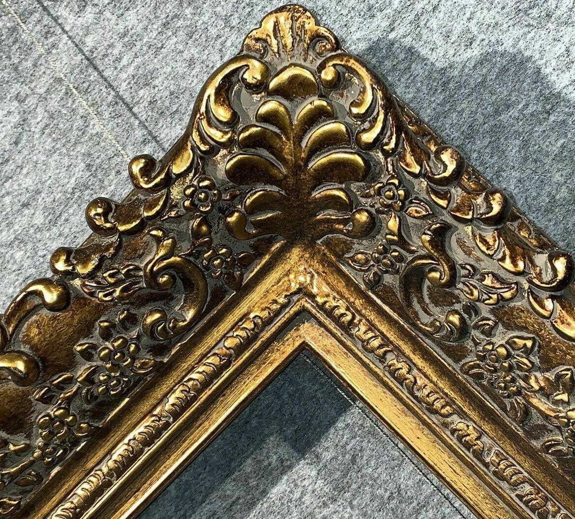 fine Picture Frame antique Gold Ornate photo museum Oil Pain