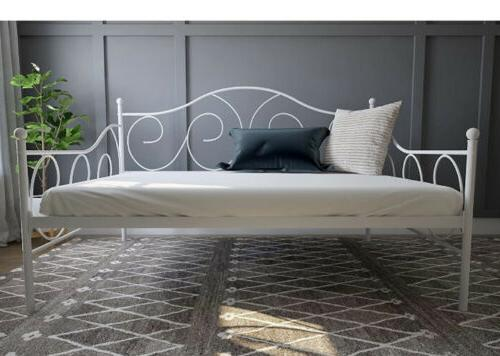 Victoria Daybed,